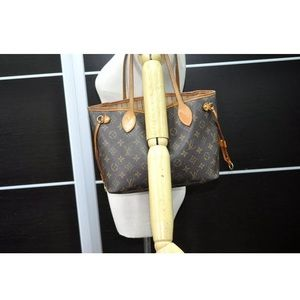 Louis Vuitton monogram Neverfull Pm tote
